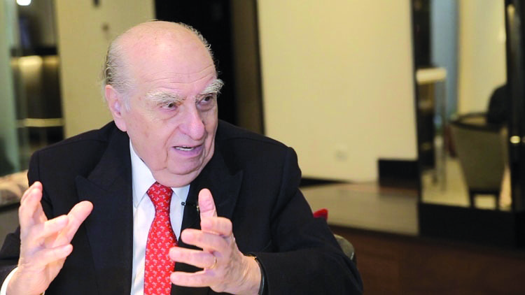Con múltiples actividades el Dr. Julio María Sanguinetti  arriba hoy a Salto