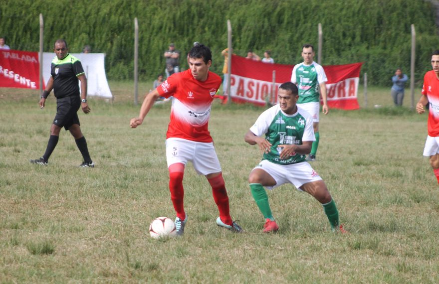 San Eugenio venció a Arsenal y sigue arriba