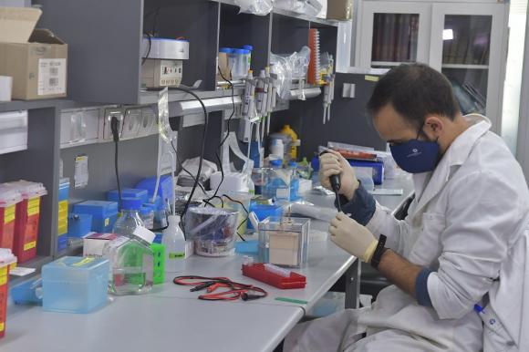 Coronavirus en Uruguay:  1.078 casos nuevos tras  7.640 análisis y 5 muertes