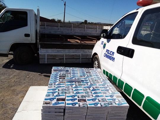 Policía incautó cigarrillos de contrabando en rutas nacionales por casi tres millones de pesos